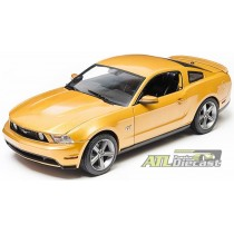 2010 FORD MUSTANG GT  1:18